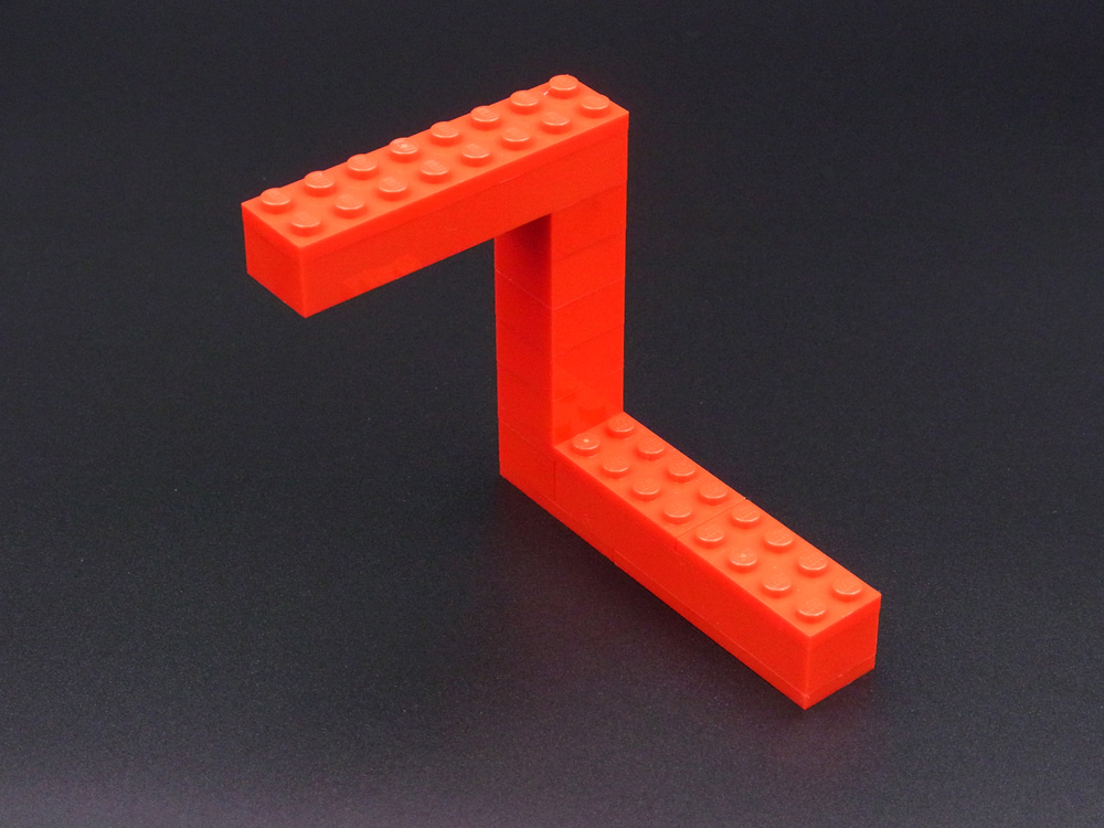 ペンローズの三角形のレゴ作品の裏側。実際には3本の柱はつながっていません。