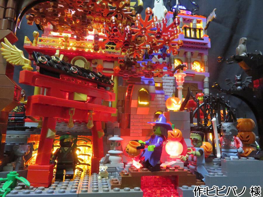 ハロウィンと日本の秋が融合した作品。和の忍者と、洋のモンスターたちが出会う様子は物語を予感させます。